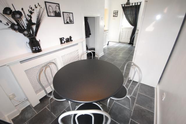 3 Bedrooms Terraced House for sale in Viscount Road, Marsh Green, Wigan